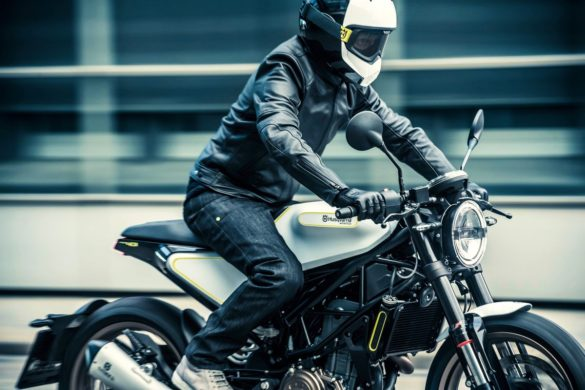 Husqvarnia Motorcyrcles Detalles