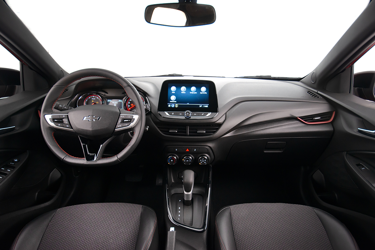 Chevrolet Onix RS Interior
