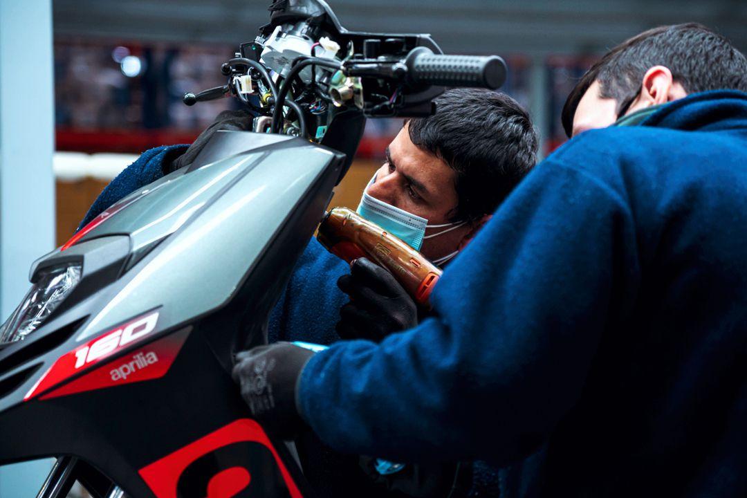 Foto en planta del nuevo scooter Aprilia RS 160